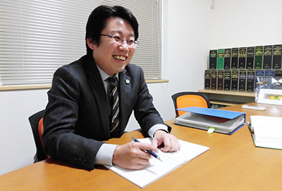 代表弁護士・今井康人